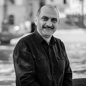Portrait von Shukri Al-Rayyan © Talal Doukmak